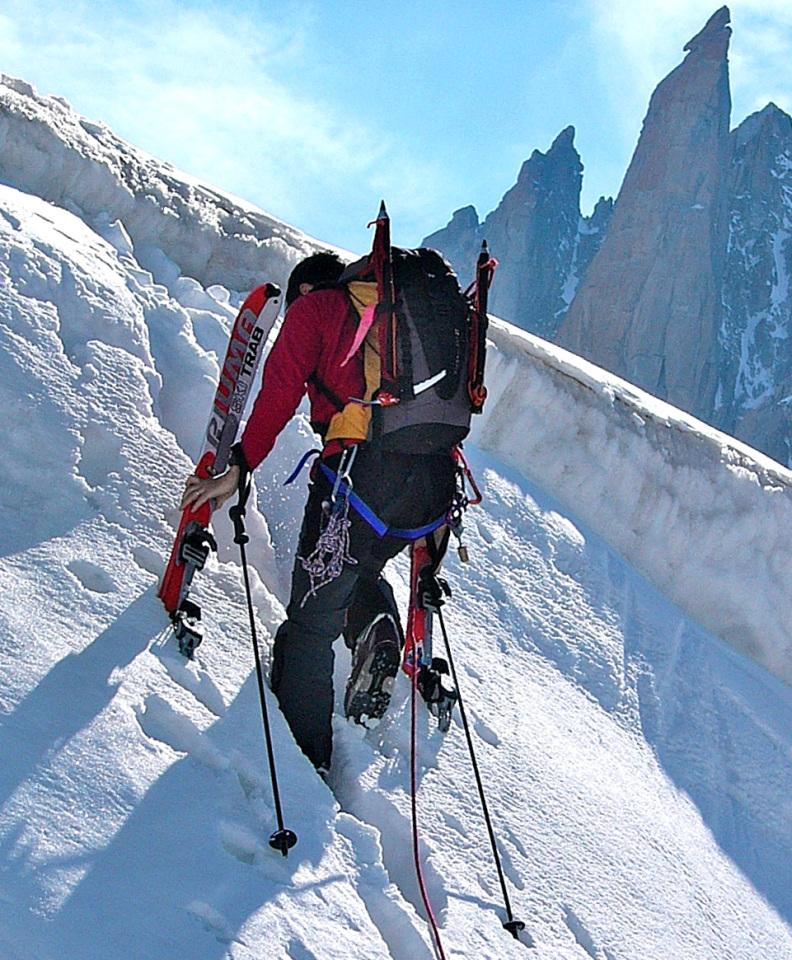 decalogue-ski-touring-1